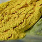 Pigmenti ceramici gialli